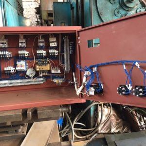 Электроящик с блоком питания насоса
